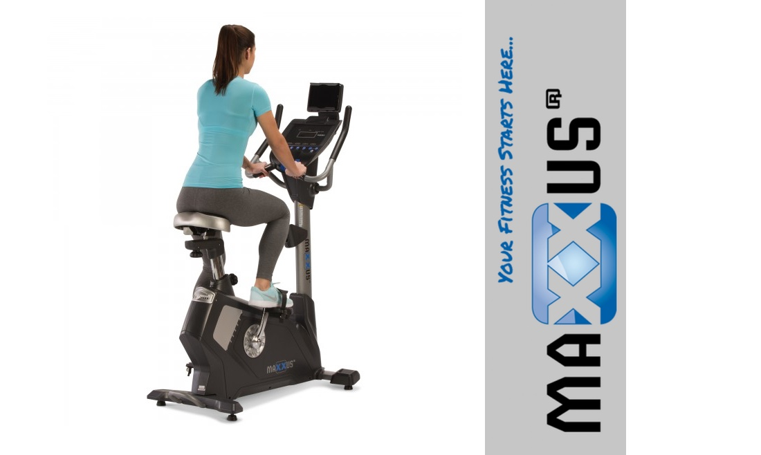 content-frau-training-auf-maxxus-90-Pro-Bike-Ergometer