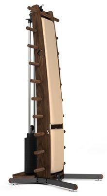 WeightWorkx - Nussbaum - Echtleder - Kraftstation aus Holz